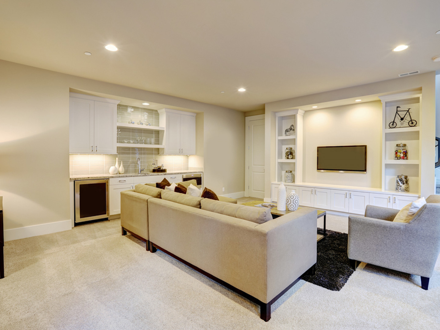 ALLIED CONSTRUCTION CORPORATION: LONG ISLAND BASEMENT REMODELING